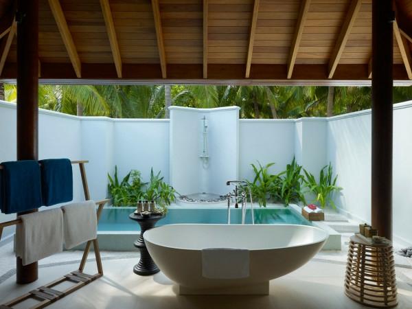Naturfreundliche Umgebung und luxus Badewanne im Insel der Träumen