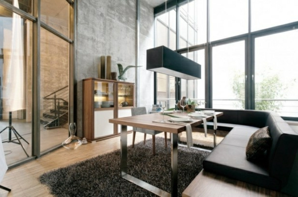 Luxus Teppich und Wangestaltung aus Glas für ein elegantes und modernes Wohnzimmer