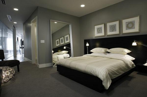 luxus wohnzimmer ideen:Schlafzimmer geschmackvoll einrichten- grauer Farbton und Gemälde an