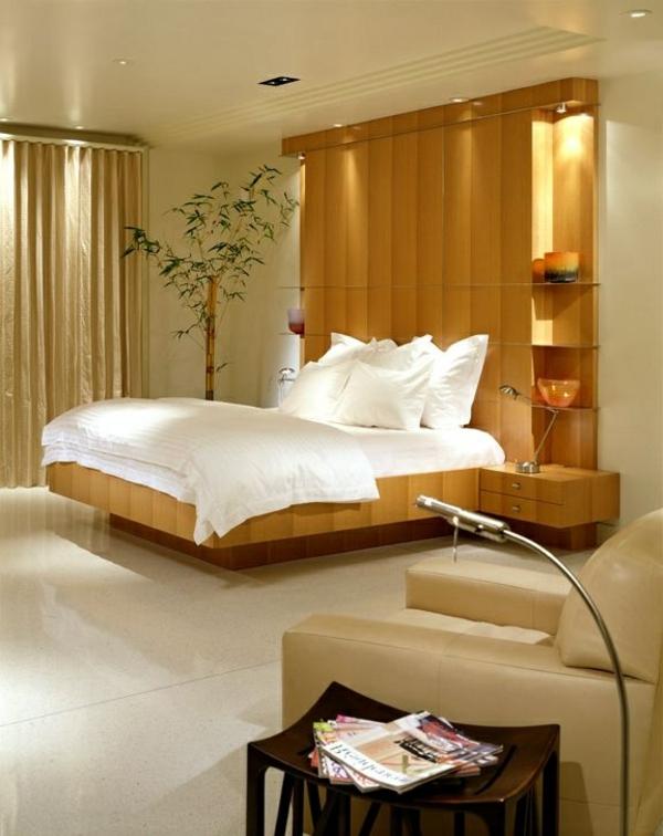 Hell braunes Farbschema im Schlafzimmer- kreative Idee für ein luxus Kopfbrett