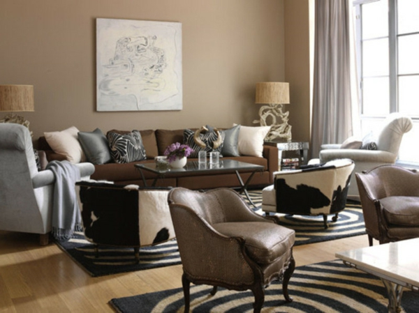 wohnzimmer streichen - schlichte farbe ochra