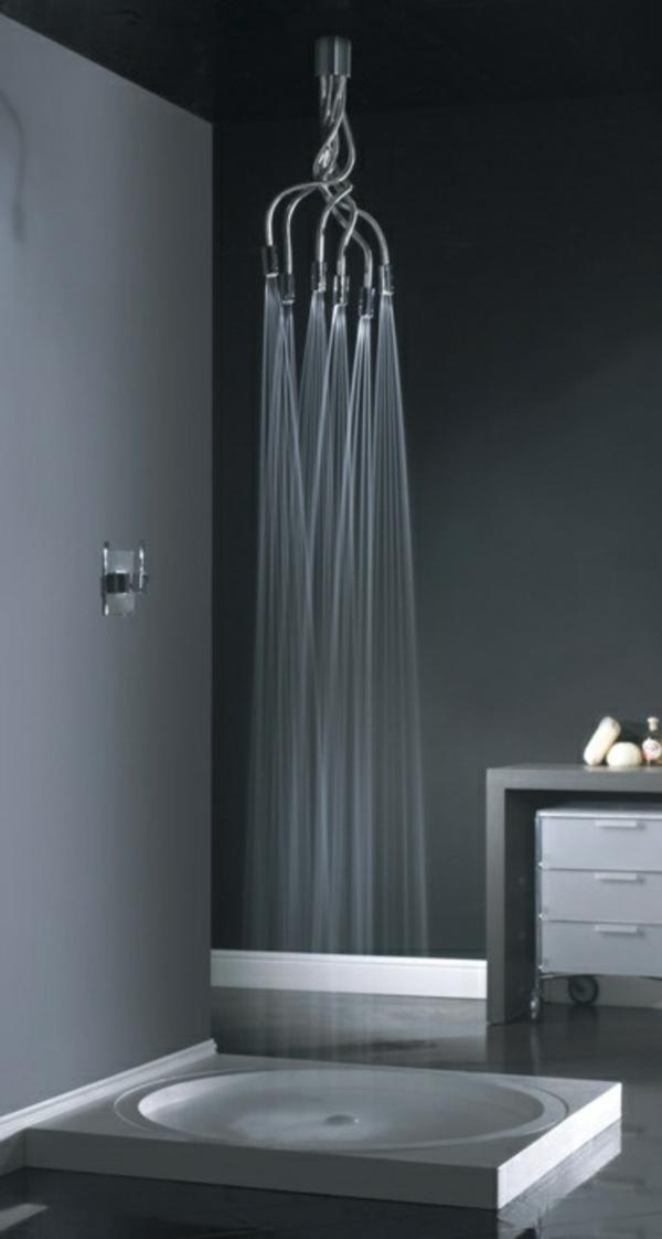 schwarze dusche - extravagante idee für badezimmer gestaltung