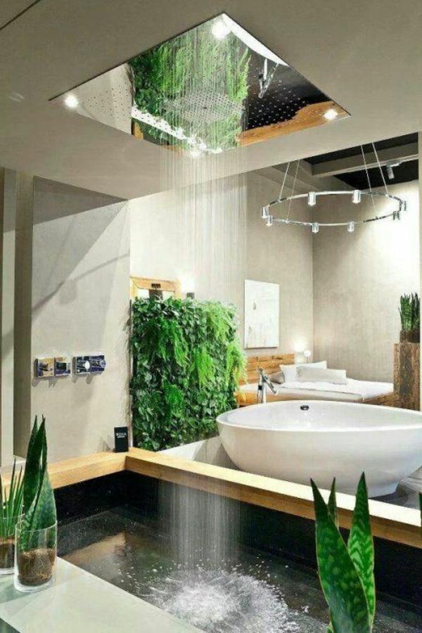 neue badidee mit grünen Pflanzen und exrtavagantem Modell von Dusche