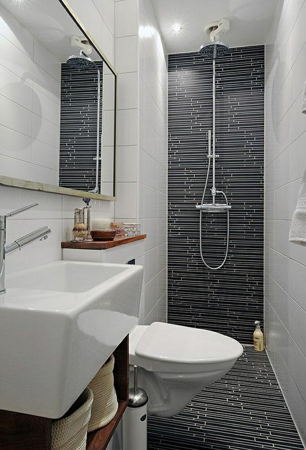 badausstattung - großes spiegel mit einer dusche und wandgestaltung in weiß und schwarz