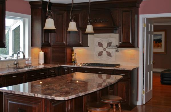 farbgestaltung für die küche - dunkel holz marmor kochinsel