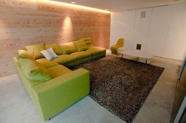 holzwand wohnzimmer innenarchitektur und m belideen. Black Bedroom Furniture Sets. Home Design Ideas