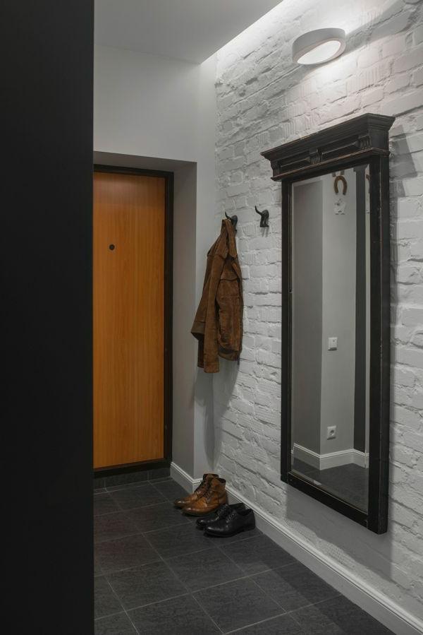 Riesiger Spiegel im Hausflur-ultramodernes Design