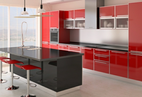luxus küche mit schwarzer kochinsel und rote schränke