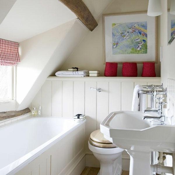 badezimmer gestalten - weiße farbtönung und rote akzente