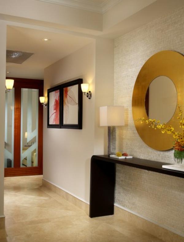 Coole Deko Flur : flur modern gestalten  rundes speigel mit goldfarbigem rahmen und