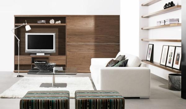 Designer Wohnzimmer Mit Großem Regalschrank Und Einem Sofa In Weiß