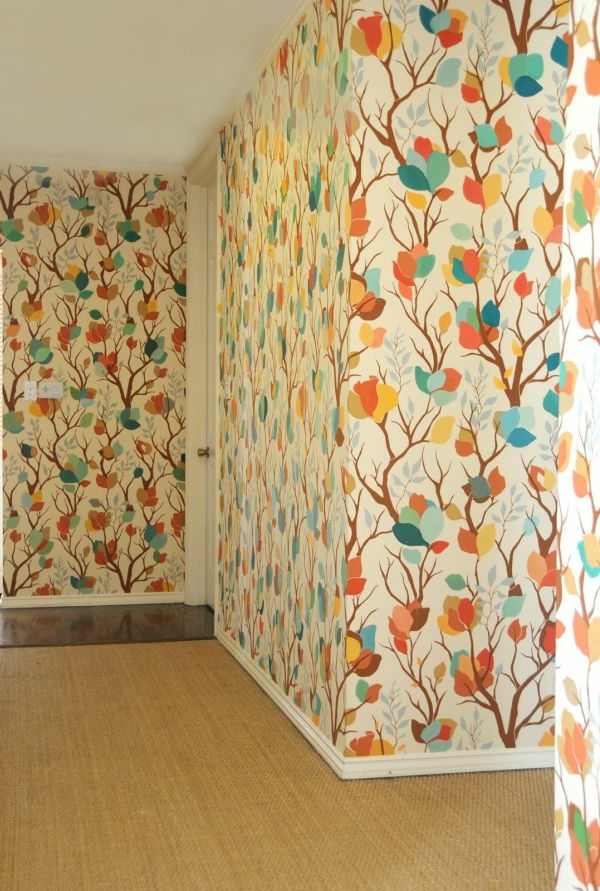 Bunte Tapeten für einen gut aussehenden Hausflur