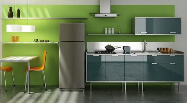 graue schränke orange stühle und kontrastierenden farben in der küche