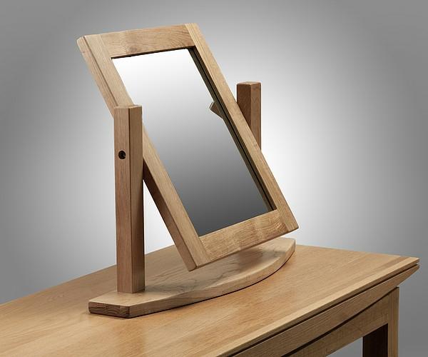 schlichtes design vom schminktisch - spiegel mit einem hölzernen rahmen