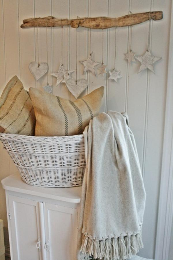 wunderbare treibholz deko die auch praktisch sein kann 45 verbl ffende ideen. Black Bedroom Furniture Sets. Home Design Ideas