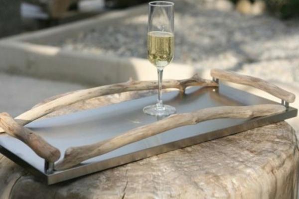 tafel aus treibholz - für gläser