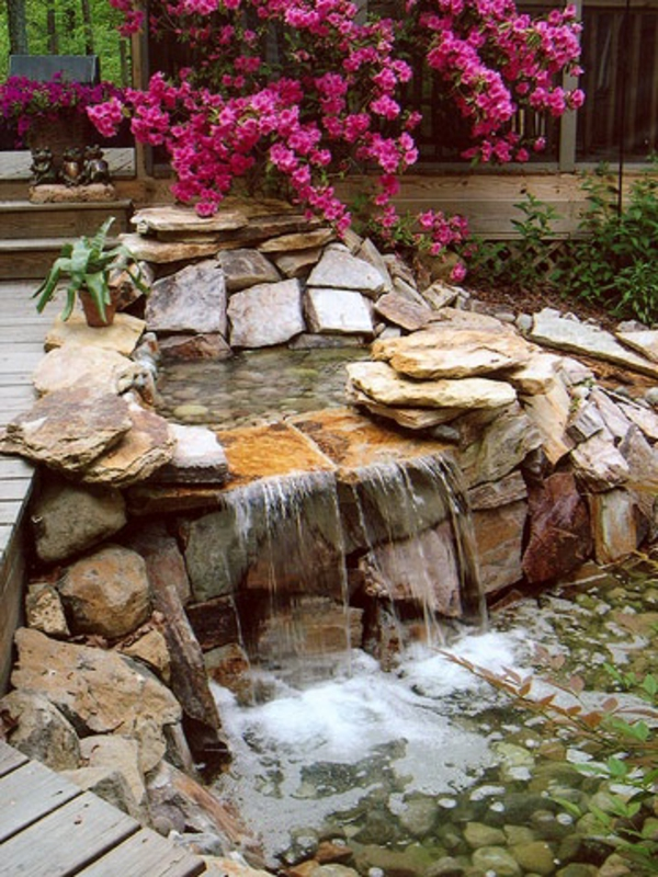 Wasser im garten freude die ganze familie - Steingartenpflanzen anlegen ...