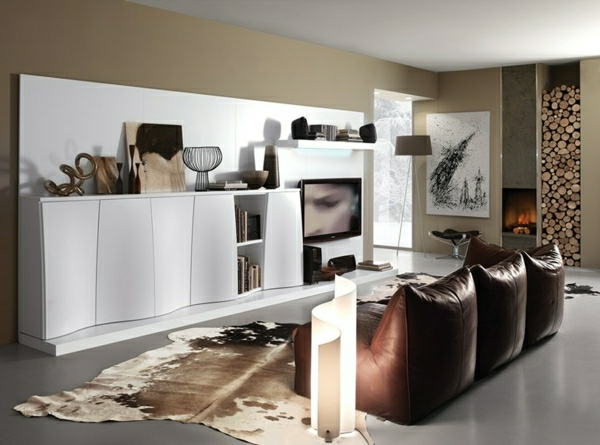 Wohnwand deko wohnwand wei hochglanz look wohntrends 2014 for Deko wohnwand