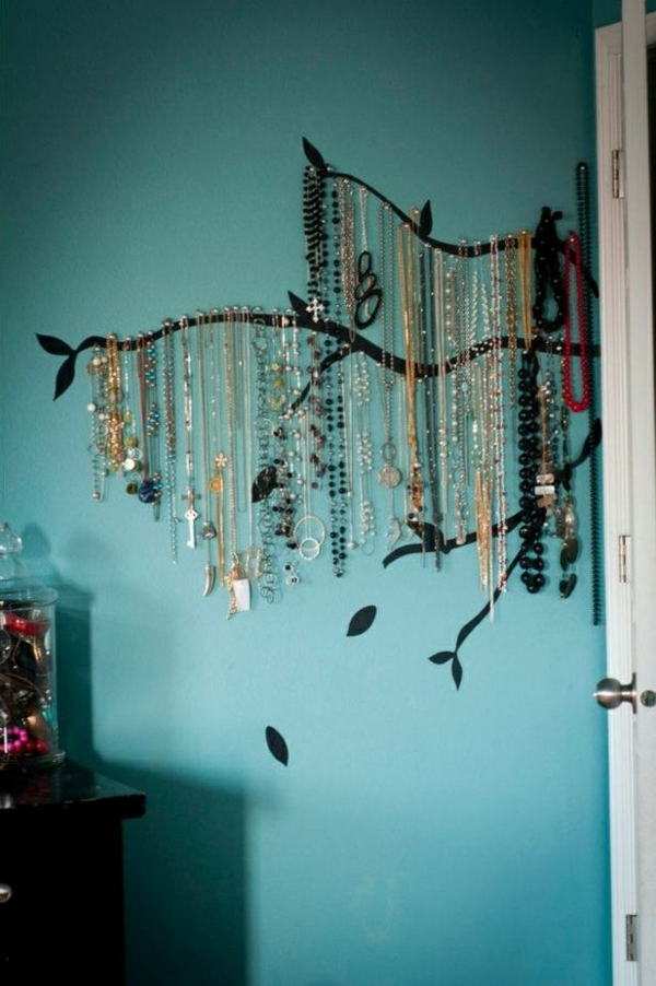 26 super kreative schmuckaufbewahrung ideen speziell f r damen. Black Bedroom Furniture Sets. Home Design Ideas
