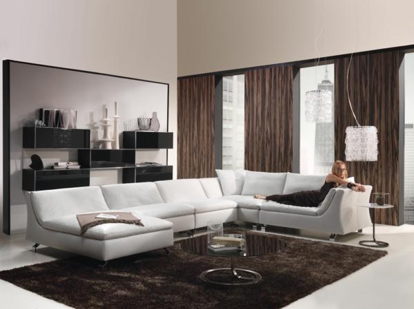 weißes couch als ein gute idee fürs wohnzimmer