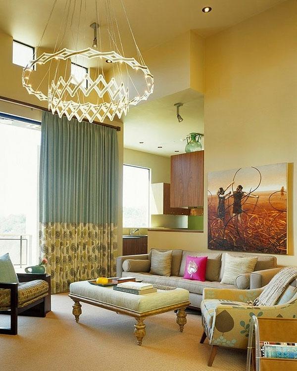 wohnzimmer design mit einem luxus kronleuchter