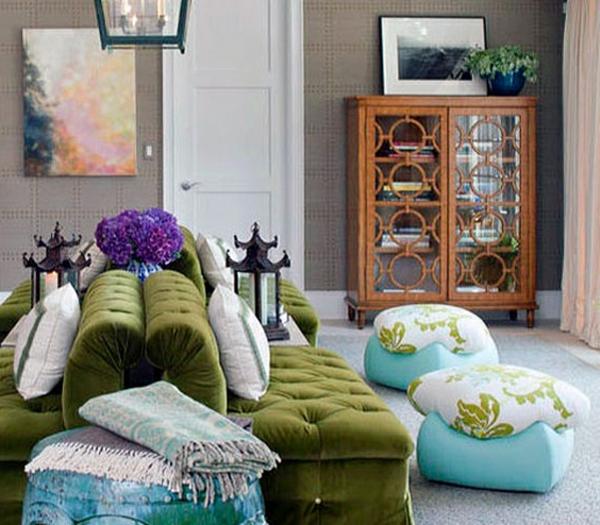 grüne sofas im wohnzimmer
