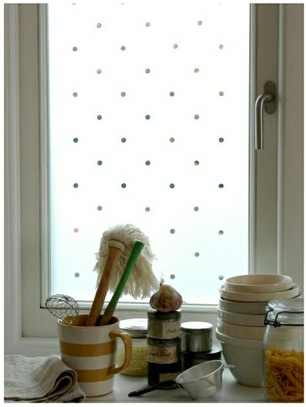 Fenster-Sichtschutzfolie-glastüren-selbstklebend-elegant-getupft- kleine punkte