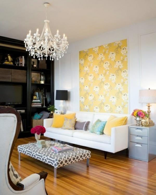 Modernes Wohnzimmer Ottomane ist gemütlicher als ein Kaffetisch