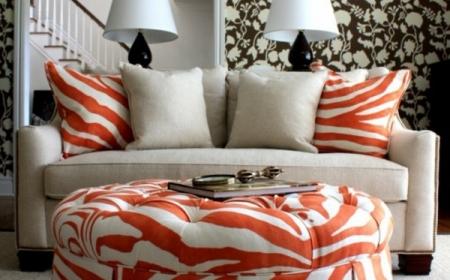 Orange und weiß zebra Ottomane