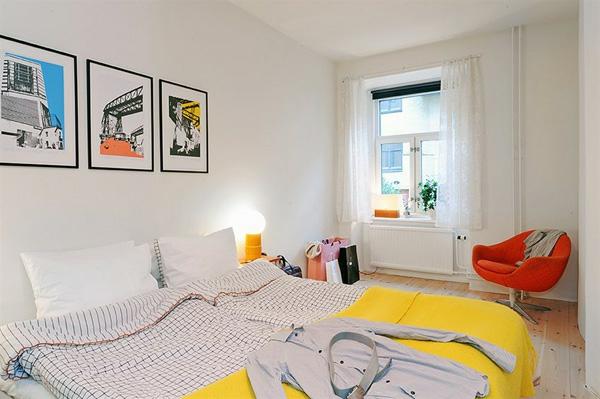 Schlafzimmer-gestalten-im-skandinavischen-Stil-gelbe-Farbakzente-im-Zimmer