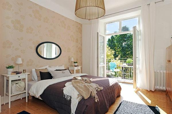 Schlafzimmer-gestalten-im-skandinavischen-Stil-interessante-Tapetten-mit-floralen-Motiven
