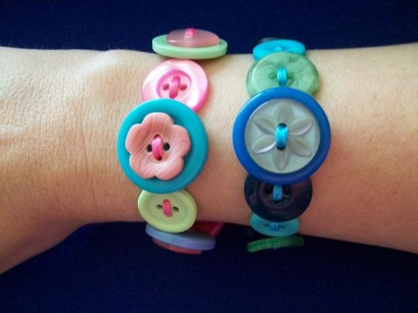 armband-aus-knöpfen-selber-machen- kreative ideen