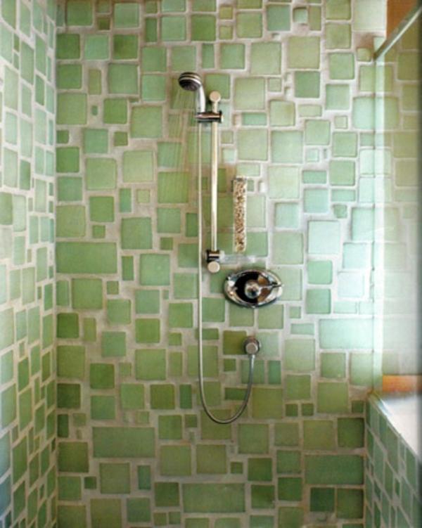 bad-fliesen- duschkabine-grüne wandgestaltung