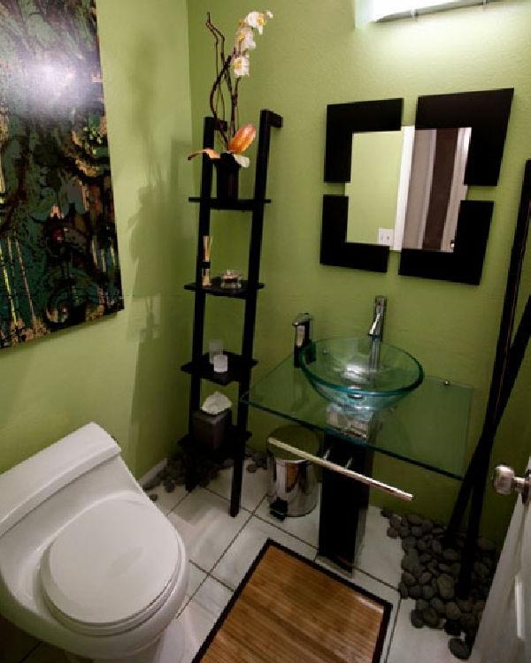 badezimmer-kreativ-gestalten- treppe dekorativ