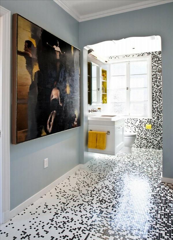 Kreative badezimmergestaltung großes gemäde an der wand