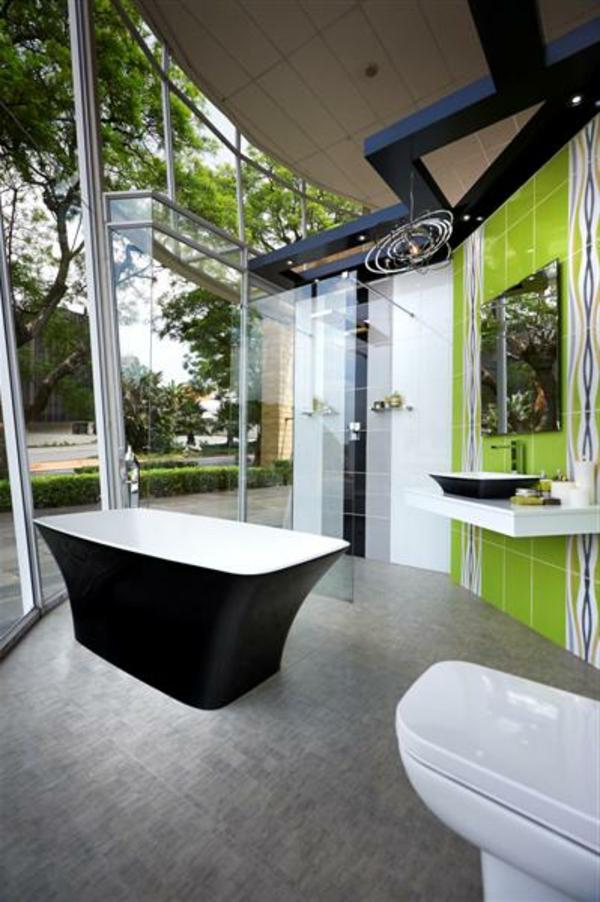 badezimmer-schwarz - grüne-wände- freistehende badewanne-luxus