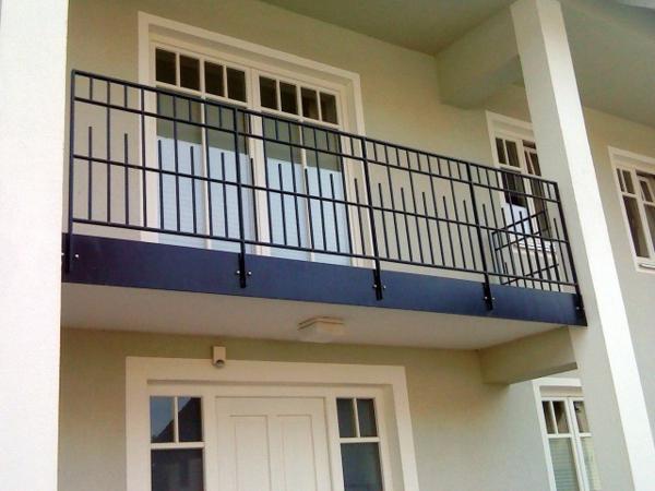 balkon-ansturzsicherung- aus stahl