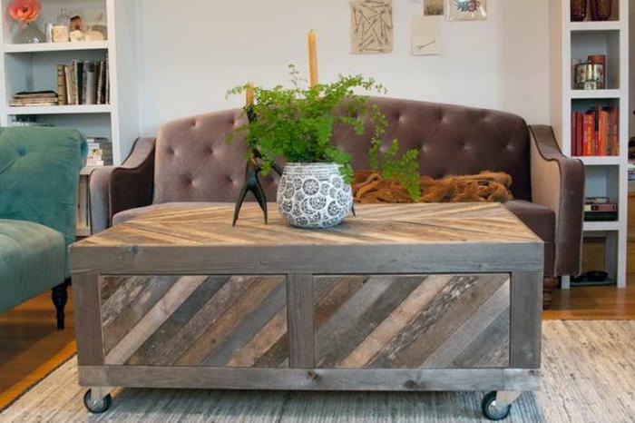sofa-aus-paletten-schönes-wohnzimmer - diy idee