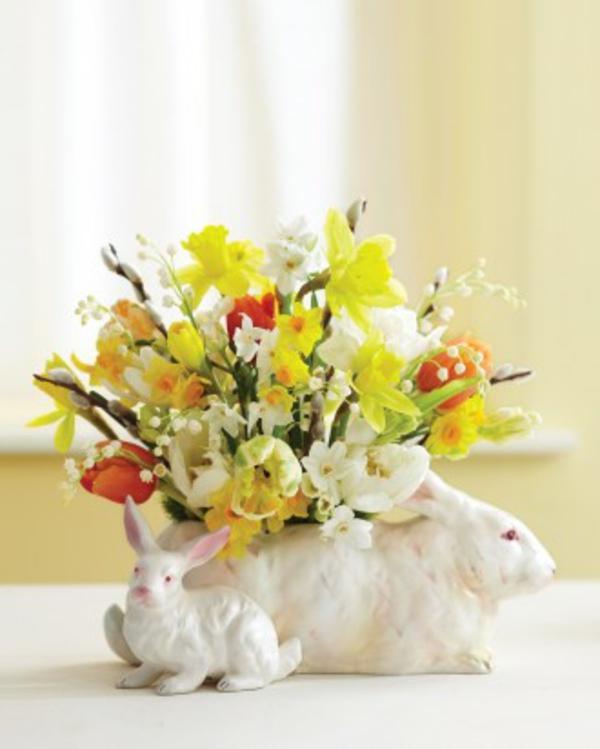 hase vase und gelbe blumen - ostern deko
