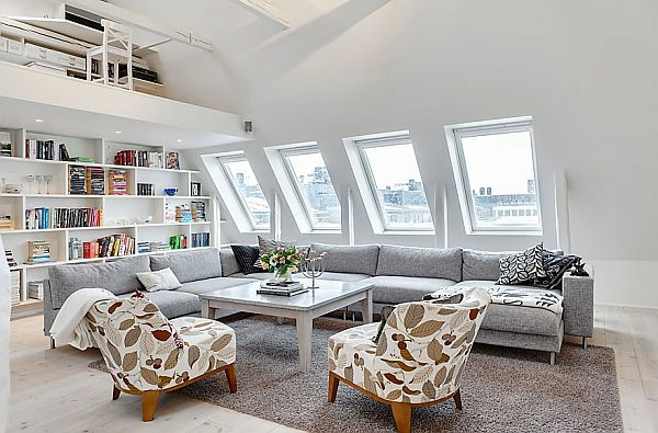 weiße farbe und schöne möbel in einer luxus dachwohnung
