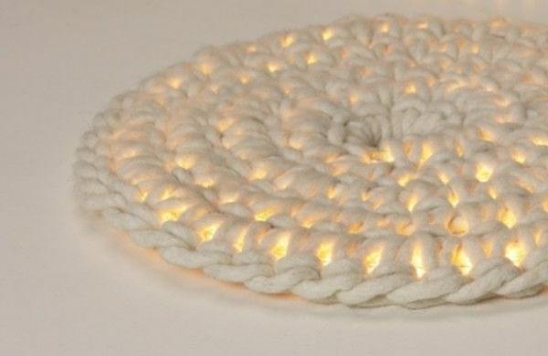 designer-teppiche-schlichte-beleuchtung- runde form