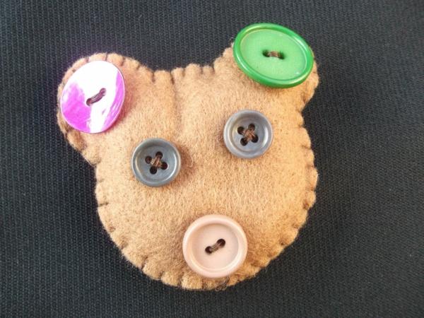 diy-teddybär-aus-knöpfen- einfache bastelideen