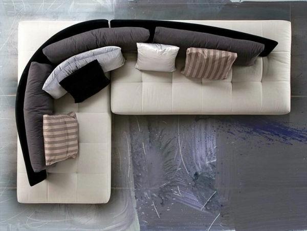 extravagante-couch-foto-von-oben-genommen