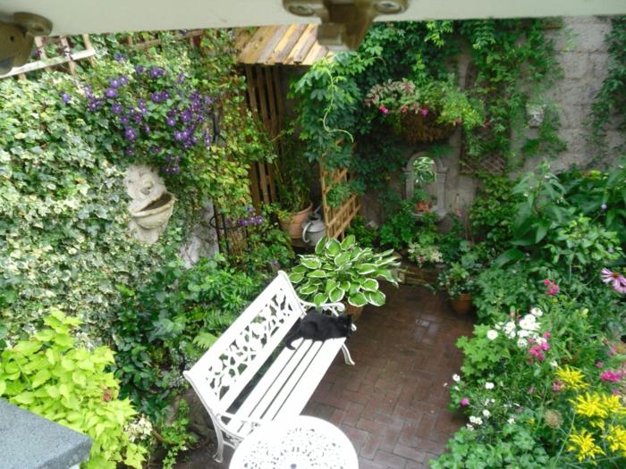 gartenideen-für-kleine-gärten-schöne-sitzecke