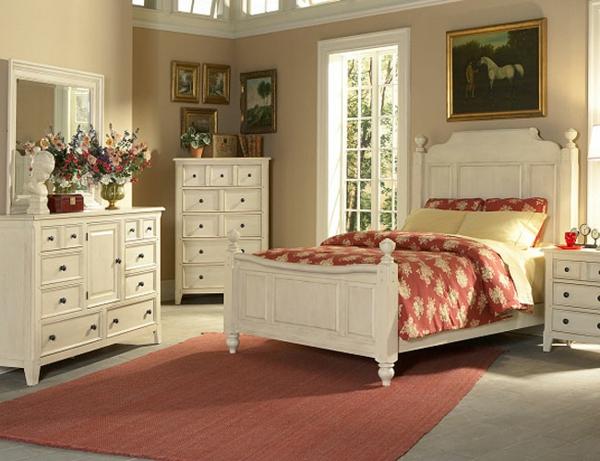 gemütliches-schlafzimmer-im-landhausstil - mit möbeln in weiß