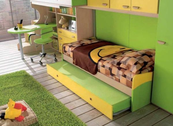 grüne-wandfarbe-fürs-jugendzimmer- grüner teppich