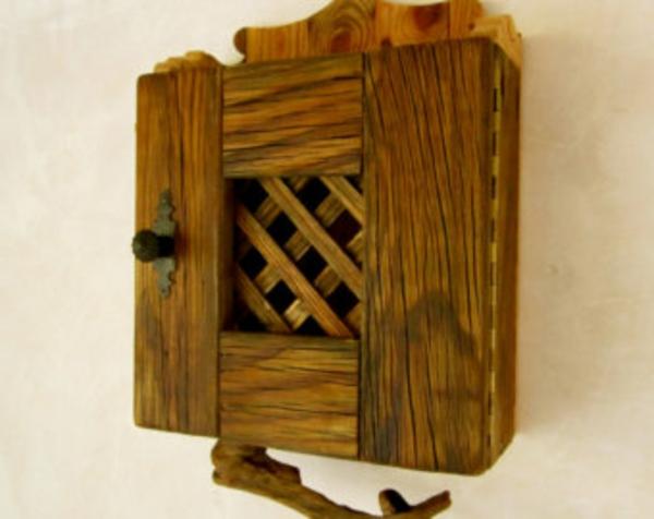 interessantes-schrank-modell-selbst-bauen- an die wand aufängen