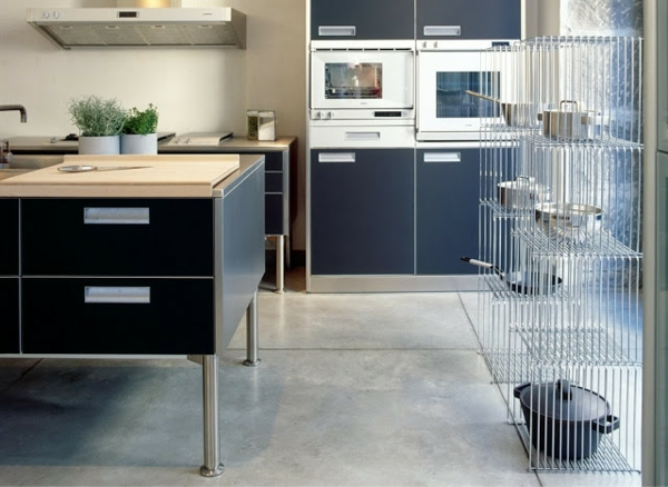 drahtregale in der küche als eine gute idee für stauraum