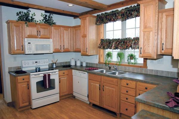 küchengestaltung-aus-holz- gemütliche atmosphäre