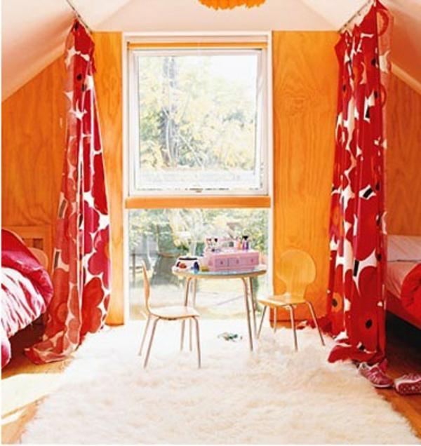 kindezimmer-mit-gardinen-als-trennwände- raumteilung idee